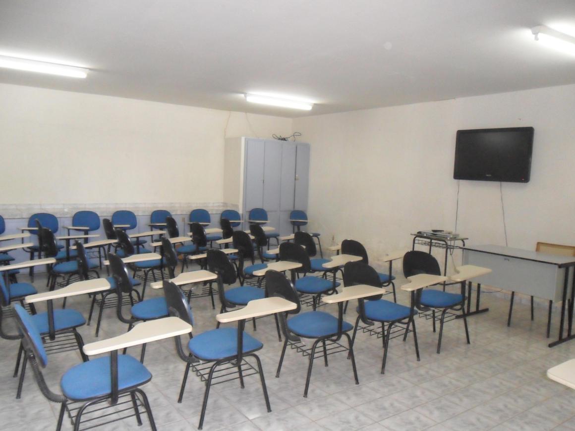 Foto da Sala de Vídeo do Curso de Pedagogia