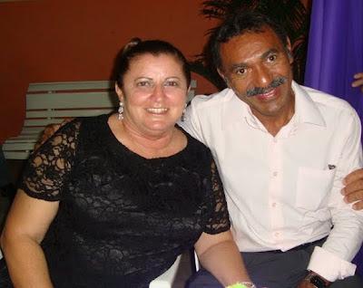 Foto de Mozeneide Alves Felix com o marido